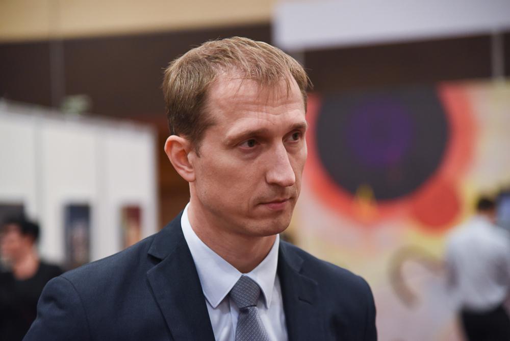 Ростовский депутат ибывший гендиректор «ДонЭкспоцентра» зарабатывает 20 тысяч вдень