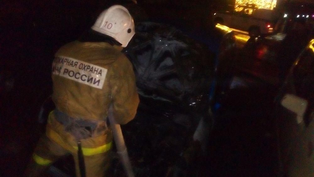 У журналиста коммунистической газеты «Донская искра» ночью неизвестные сожгли машину