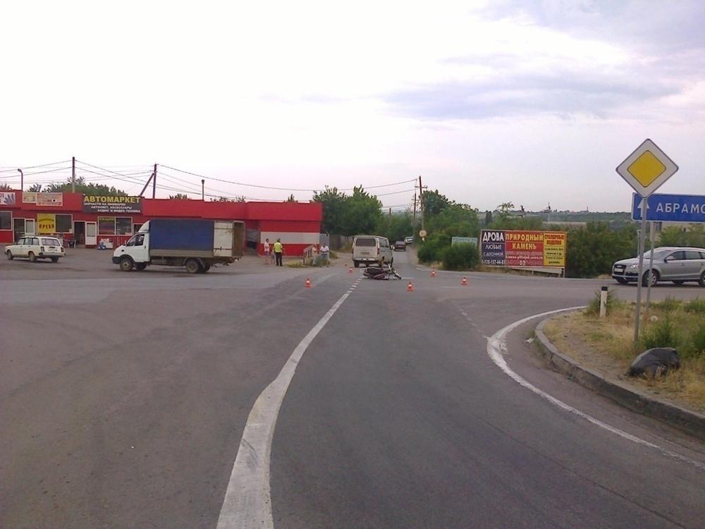 В Ростовской области 13-летний скутерист пострадал при столкновении с «ГАЗелью»
