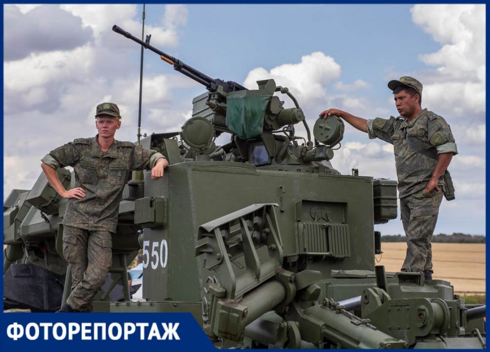 Изящные танцы многотонных машин: на Дону стартовал военный форум «Армия-2019»
