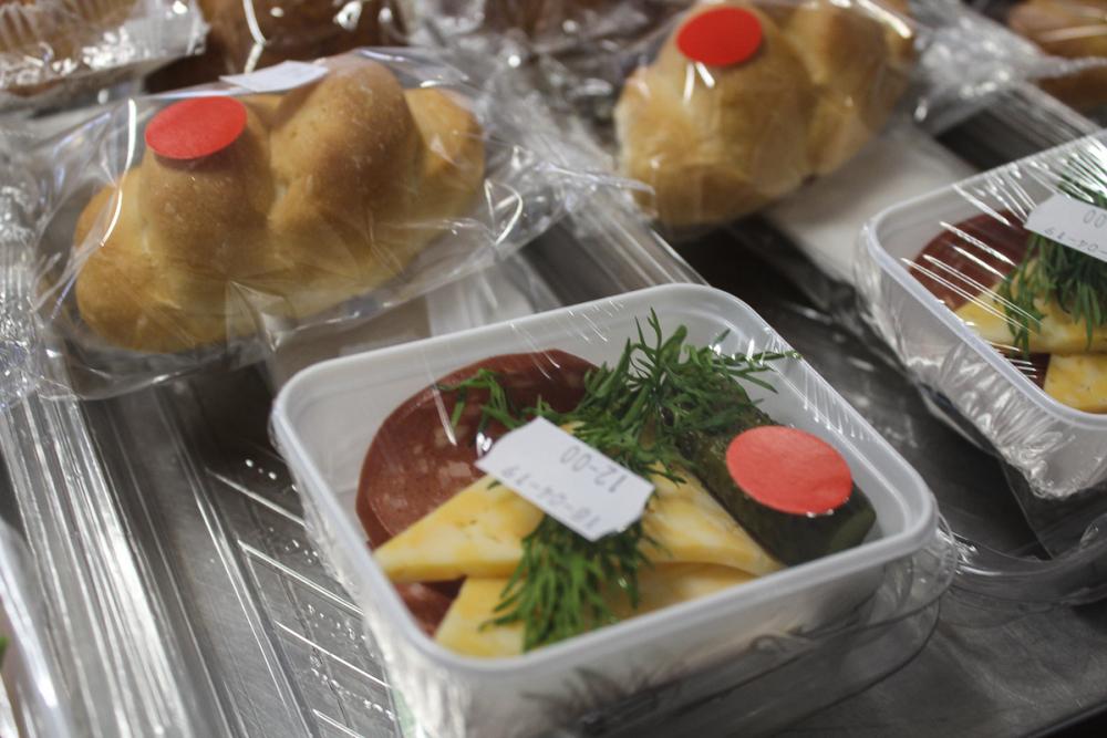 Кухня на высоте: как готовят еду для пассажиров ростовского аэропорта