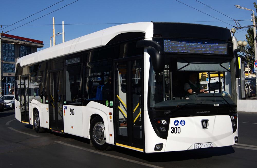 Ростовский электробус совершил первый рейс по улицам города