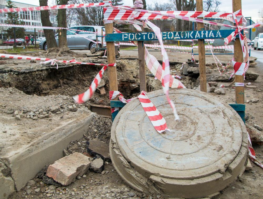 Тысячи ростовчан из-за аварии наСеверном водоводе остались без воды