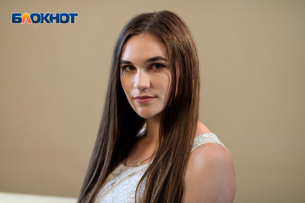 «Я буду выкладываться на все 100%»: участница «Мисс Блокнот Ростов-2019» Яна Кандейкина