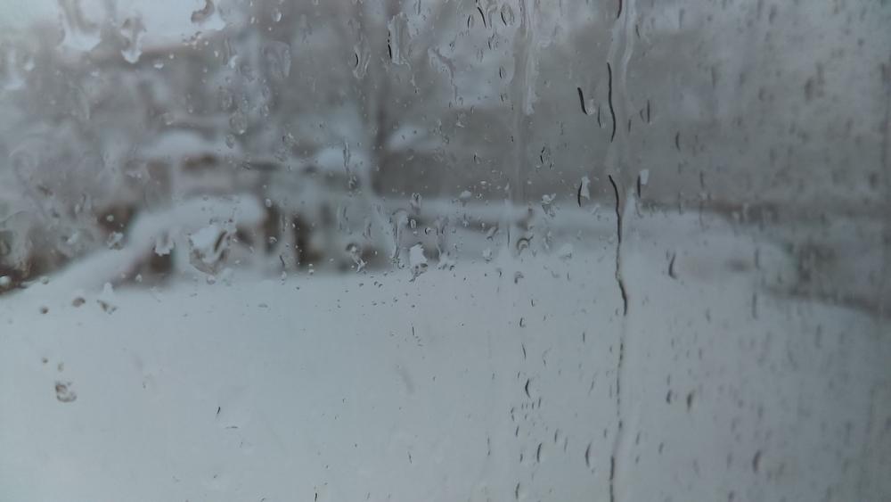 Штормовое предупреждение: в Ростове прогнозируют снежные заносы и рост числа ДТП