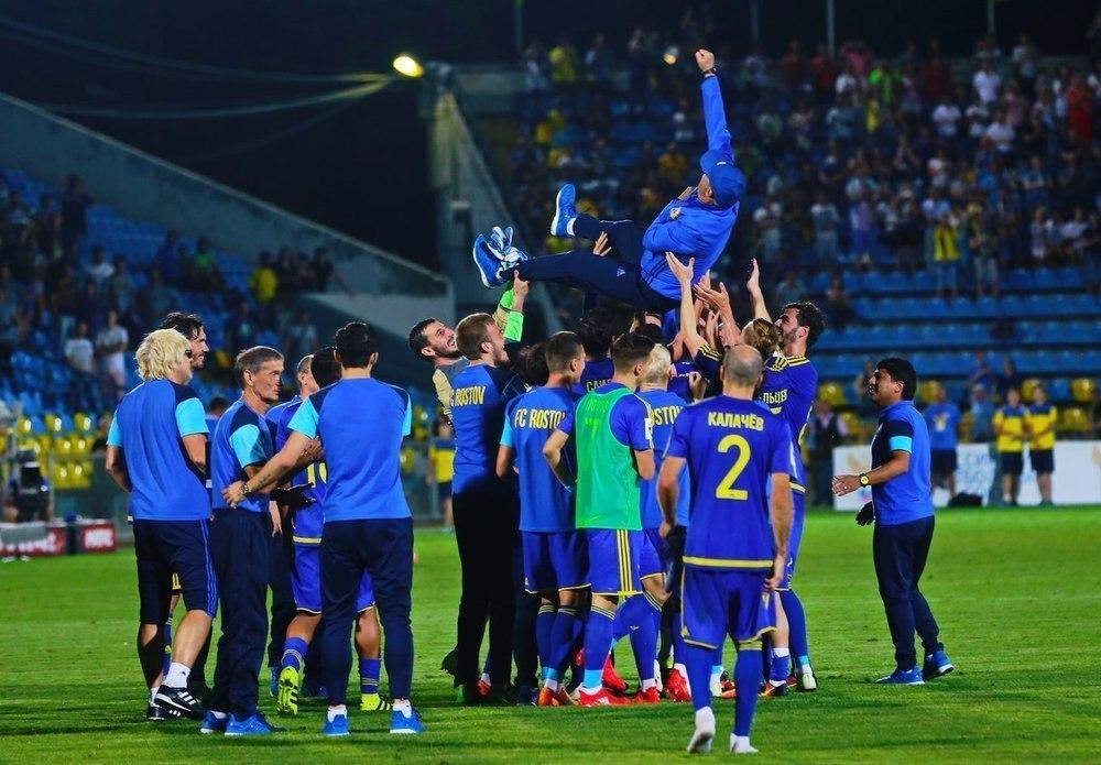 Курбан Бердыев простился с командой на ростовском стадионе после матча с «Уралом»