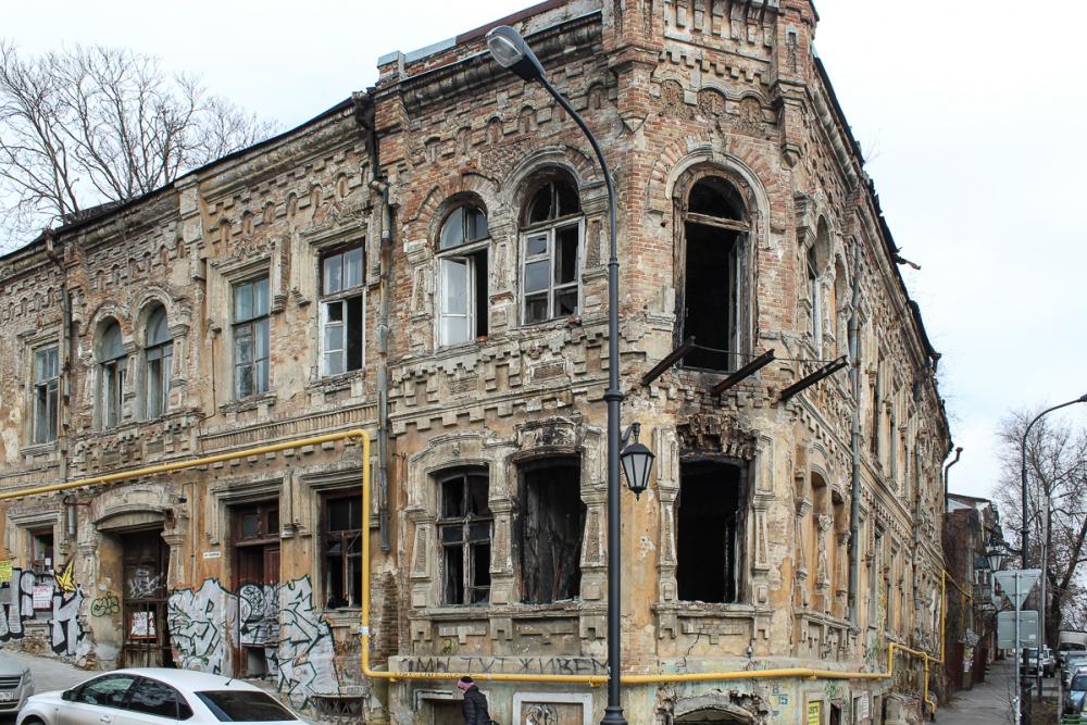 Карта позора Ростова: страшные здания в сотне метров от мэрии