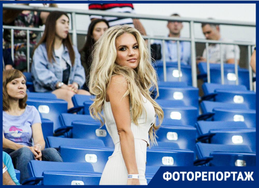Красивые болельщицы, эмоциональные футболисты иГацкан против «Ростова»: яркие кадры прошедшего матча с«Крыльями»