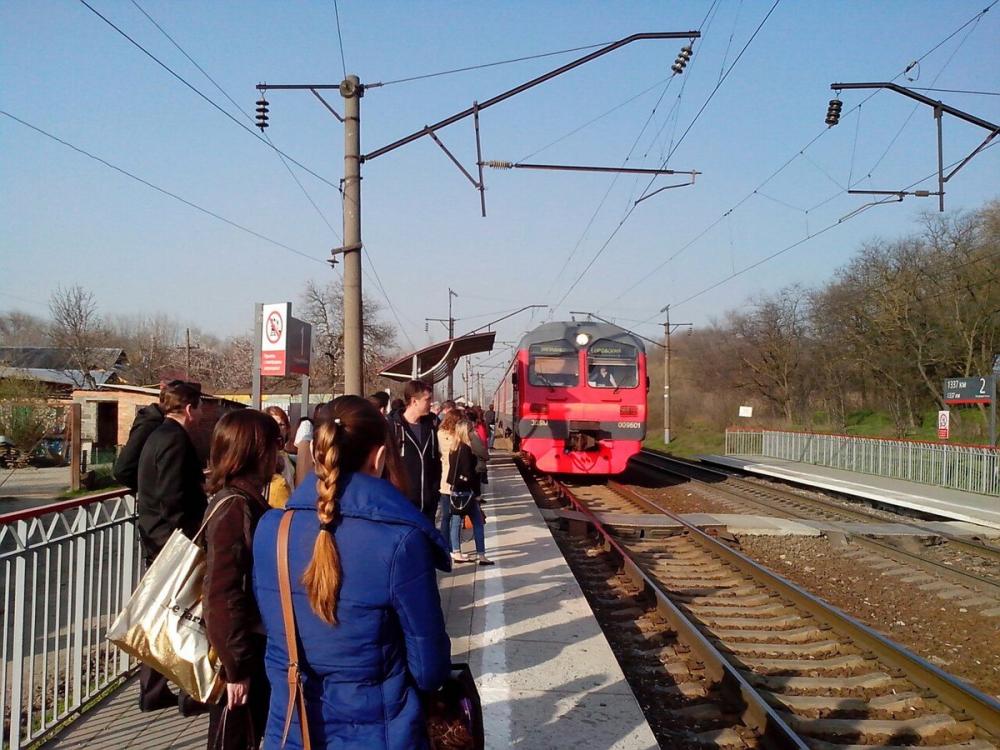 Полмиллиарда рублей ради пары сотен пассажиров: что не так с городской электричкой Ростова