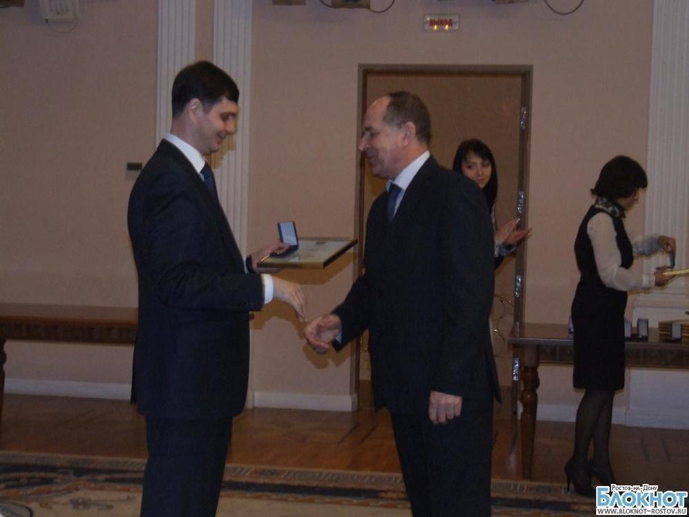 Денежные премии «Лучшим работникам промышленного комплекса Дона» выплатят работодатели