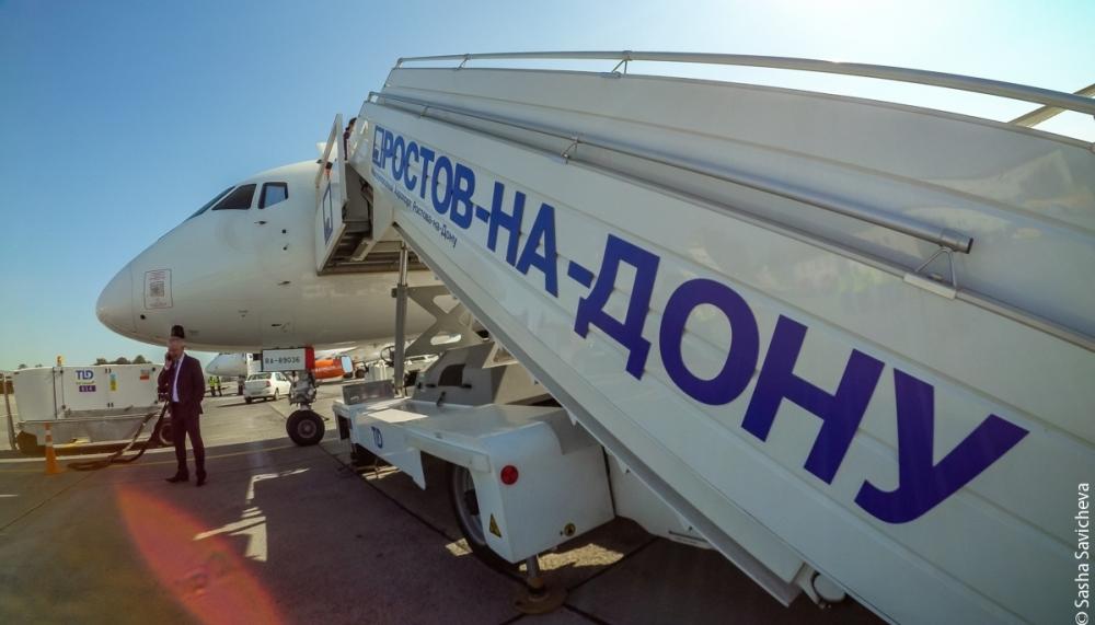 Двоих пьяных пассажиров сняли ссамолета ваэропорту Ростова