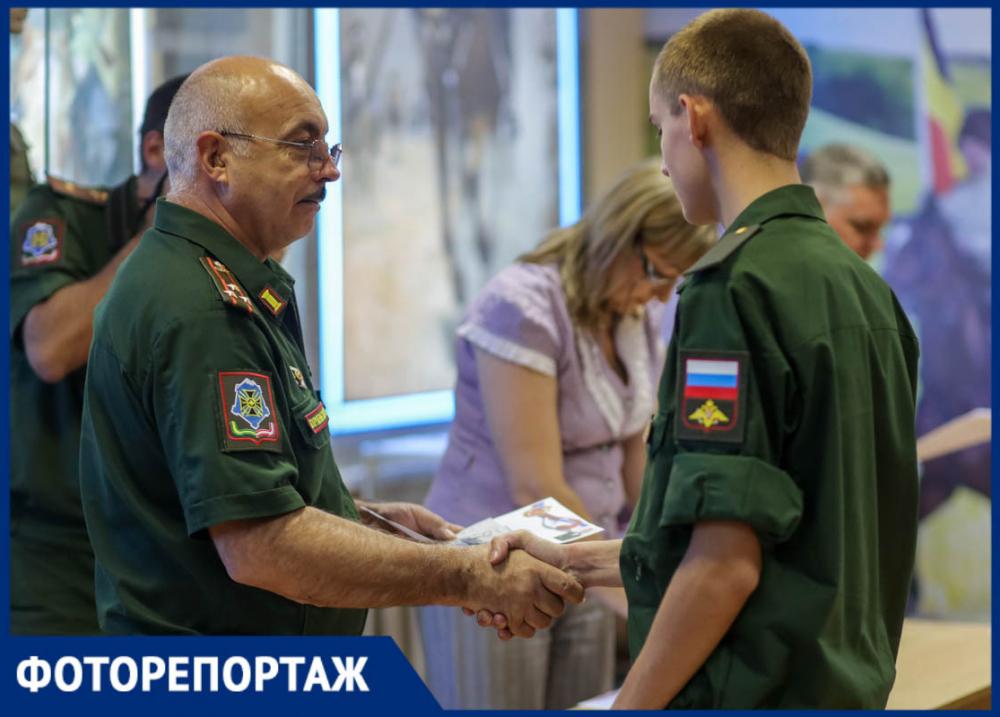 Как ростовских призывников в научные роты отправляли