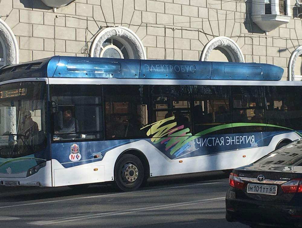 В ростовских автобусах теперь можно расплатиться банковской картой