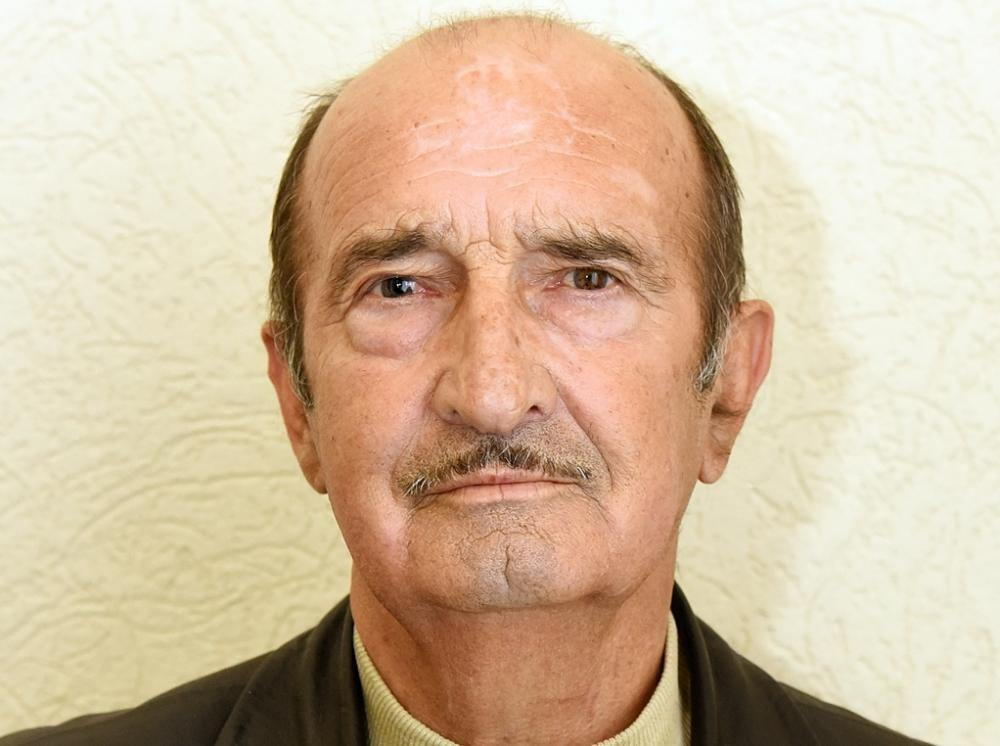 Ростовский депутат-пенсионер, скрывающий свою биографию, ездит на«шестерке» изарабатывает 28 тысяч вмесяц