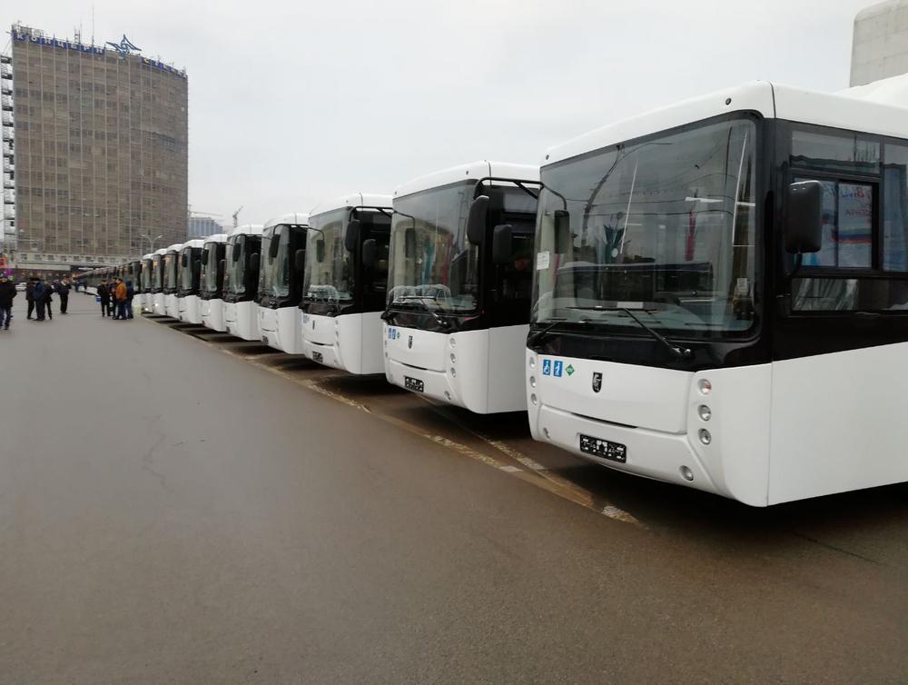 В Ростов прибыла партия низкопольных автобусов на газомоторном топливе