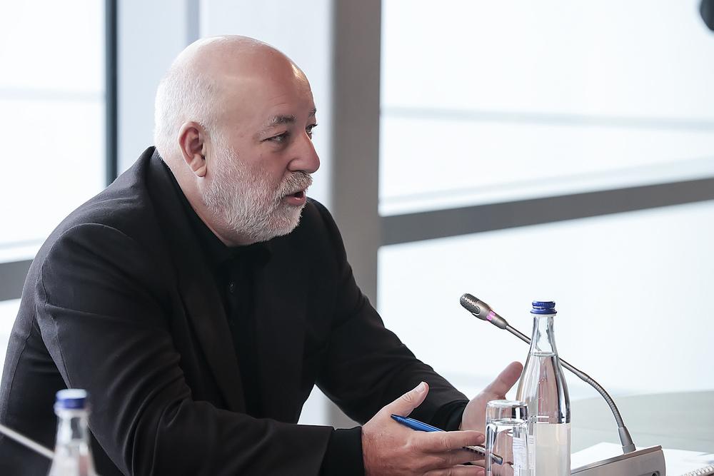 Попавший под санкции олигарх предлагает увеличить тарифы ростовского аэропорта «Платов»