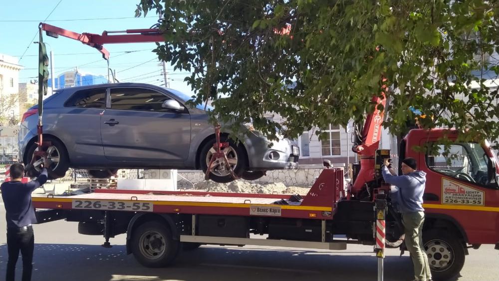 В Ростове повысят цену за эвакуацию машин на штрафстоянку