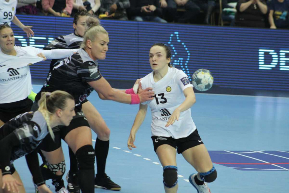 ГК «Ростов-Дон» обыграл «Бухарест» и вышел на первое место в группе