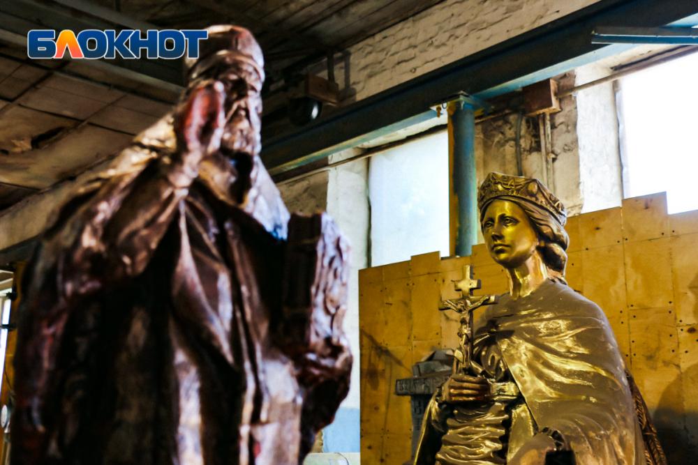 Жар словно ваду: рассказываем, как ростовские мастера создают израсплавленной бронзы трехметровые произведения искусства