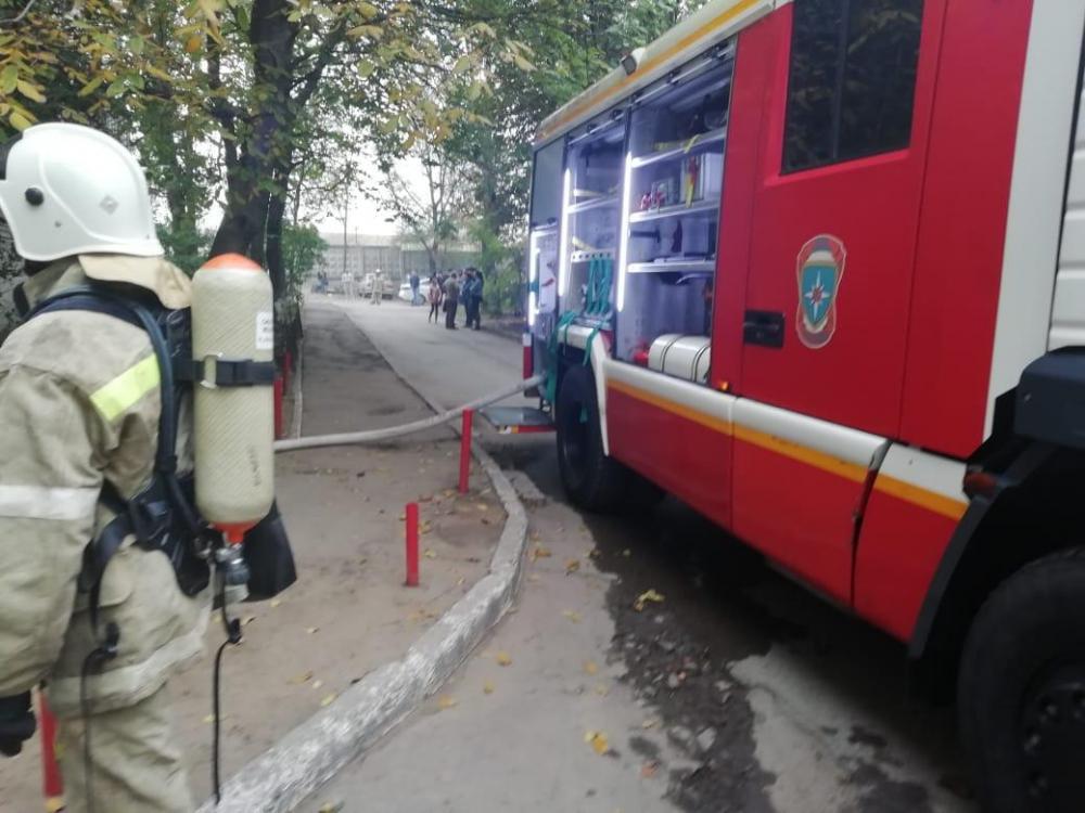 В Ростове утром в понедельник произошел пожар