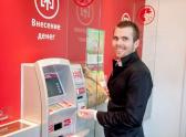 Николай Малов помогает ростовчанам сэкономить время, занимая за ними очередь в различные учреждения
