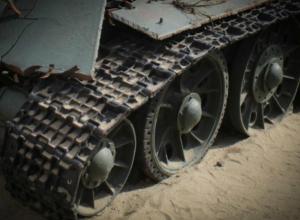 Солдата из Ростовской области насмерть зажало между двумя танками на полигоне в Чебаркуле