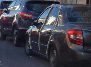 За неудачную парковку хозяину «Лады» запечатали двери монтажной пеной