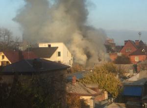Ростовчанка пострадала в новом разрушающем пожаре за Театральной площадью