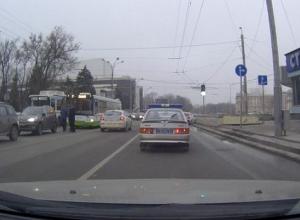 В Ростове в первый день работы в аварии попали два новых автобуса ЛИАЗ