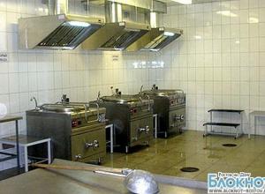 Роспотребнадзор выявил нарушения в пищеблоке ростовской школы, где отравились школьники