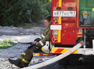 Следственный комитет возбудил уголовное дело о халатности, приведшей к пожару в Ростове