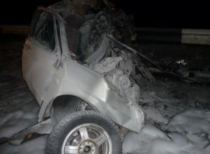 В Ростовской области «ВАЗ» столкнулся с грузовиком: три человека погибли