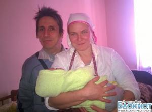 В Ростовской области здоровая женщина родила ребенка от инвалида с ДЦП