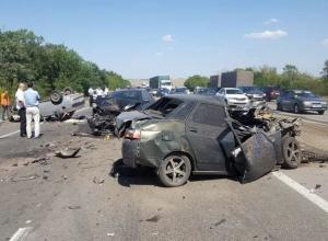 Жуткая авария со смертельным исходом попала на видео в Ростовской области