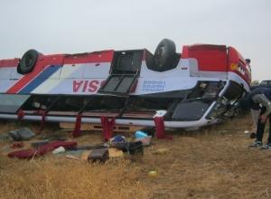 В Ростовской области в ДТП попал рейсовый автобус: пострадали 6 пассажиров