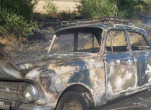Старенький «Москвич» сжег своего хозяина в Ростовской области