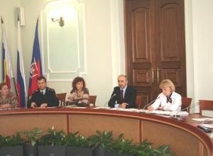 В мэрии Ростова разработали положение «Об общественных воспитателях несовершеннолетних»
