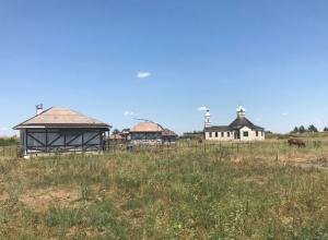 Под Ростовом начали разбирать построенную  для донского кинокластера казачью станицу