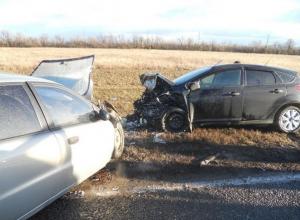В Ростовской области столкнулись «Форд» и «Шевроле»: водитель погиб
