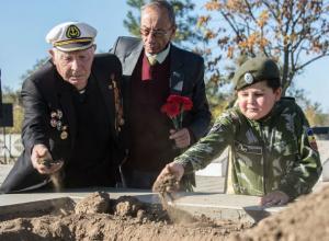 Ростовские поисковики вернули семьям погибших героев войны