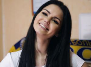 Мисс ФК «Ростов» подсказала на видео Бердыеву успешную тактику для битвы в Праге со «Спартой»