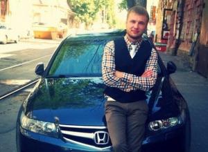 В Ростове водитель иномарки предотвратил ДТП и спас таксиста, которому стало плохо за рулем