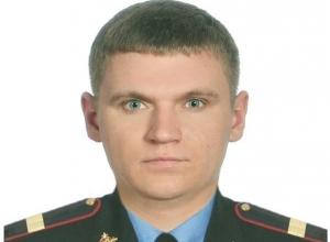 Ростовский полицейский потушил загоревшийся троллейбус