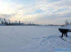 Жители хутора в Ростовской области почти месяц живут без питьевой воды и помощи врачей
