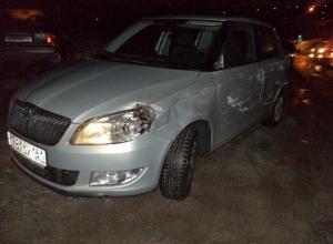 В Новочеркасске грузовики без опознавательных знаков за один вечер сбили две иномарки