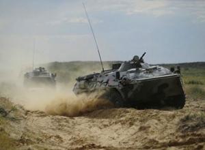 Украинские войска стягивают военную технику к границе России в Ростовской области