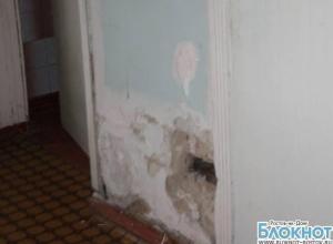 В больнице Новочеркасска, где умерла годовалая девочка, царит разруха