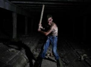 Вооруженный «Росомаха-стриптизер» наводит ужас на жителей Северного микрорайона Ростова
