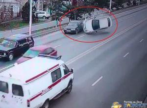 ДТП с перевертышем, устроенное водителем «Хендая» в Новочеркасске, попало на видео