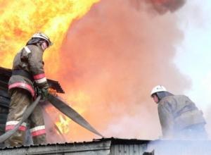В Таганроге в результате пожара в пристройке дома погиб 5-летний ребенок